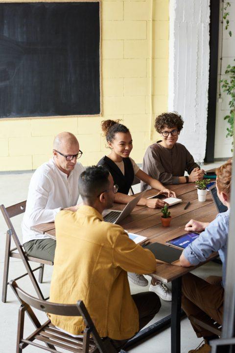 Упрощение рабочих процессов между отделами… и клиентами
